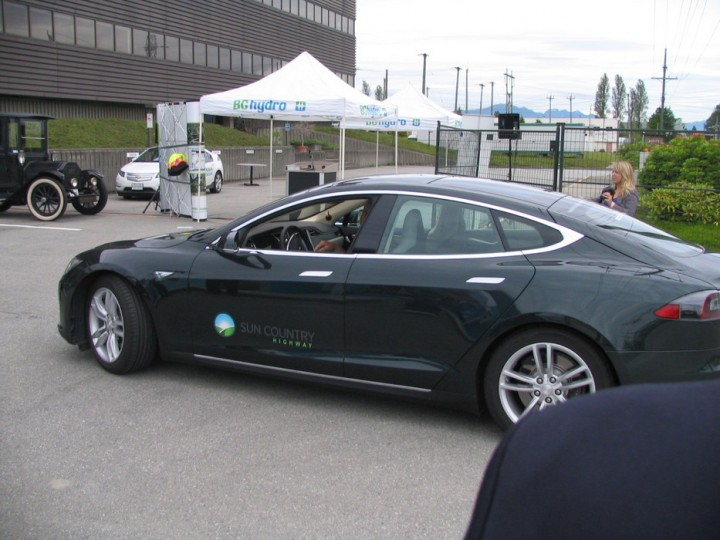 BC Hydro Level 3 Charger at Powertec Research Lab